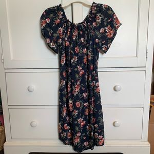 Floral, off the shoulder Abercrombie dress